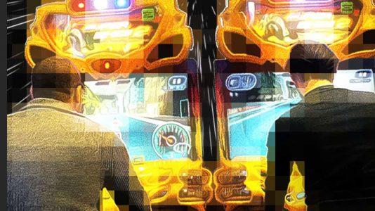 Phil Mazo playing at the arcade